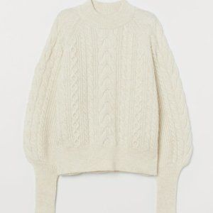 H&M canle-knit wool-blend sweater NWOT size M